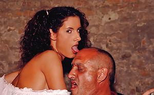 Eve Angel Jasmine Black Naomi Natalli Di Angelo Sandy Siminne Style 01 Orgy At The Villa