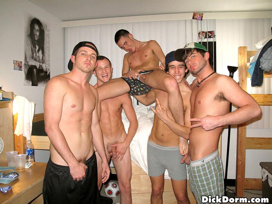 Bukkake homo engulf and pound