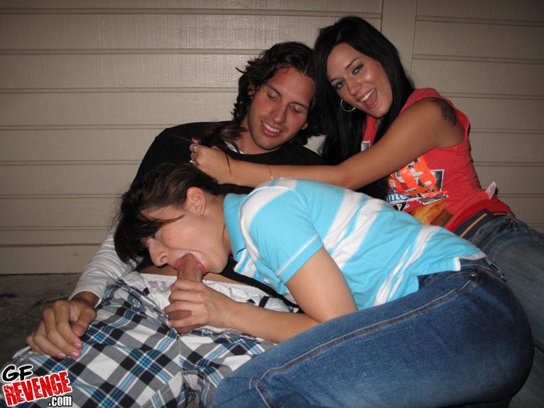 Amateur Teen Webcam Threesome