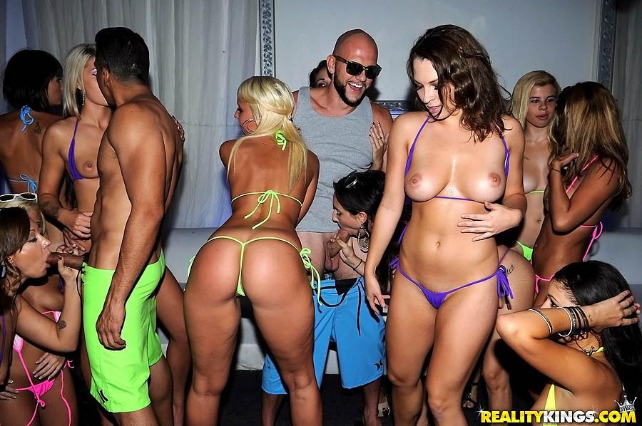 Vip club porno