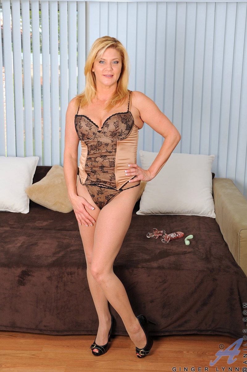 Mature Blonde Huge Tits Solo
