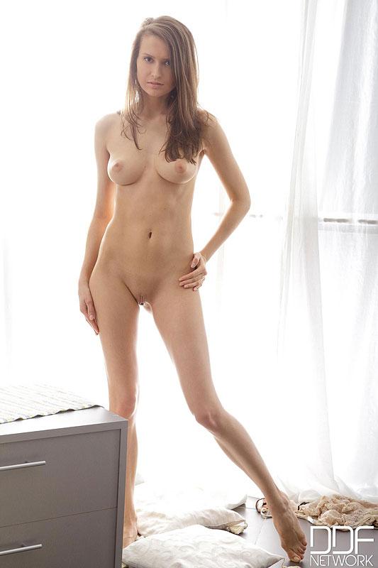 Nackt  Lisa Fallon Lisa Fallon: