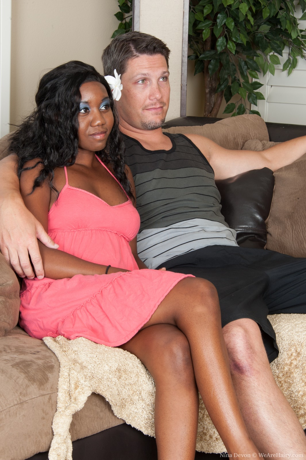 Ebony Dominates White Guy