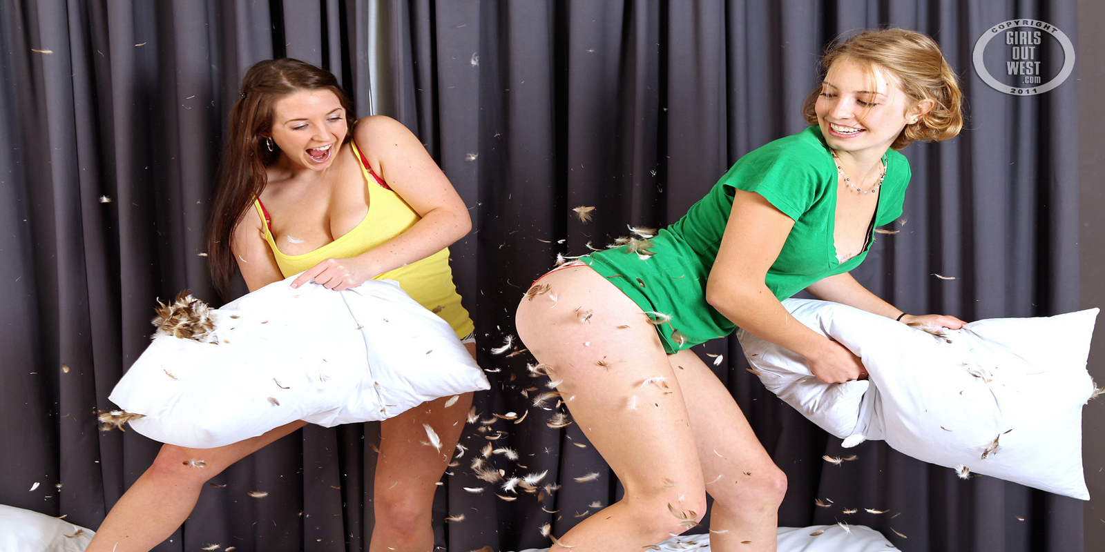 eager-girls-sex-wife-wants-to-have-gang-bang