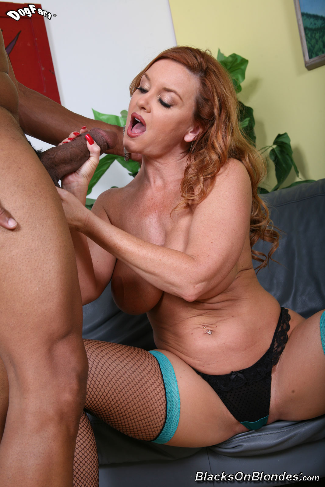 Janet Mason Blacks On Cougars
