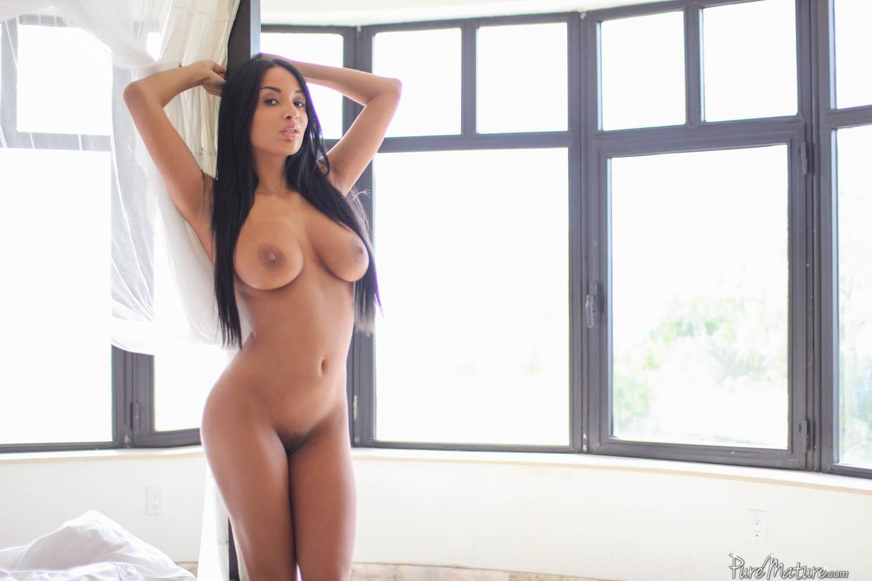 kate-mature-sex-hawaiian-pussy-nudist