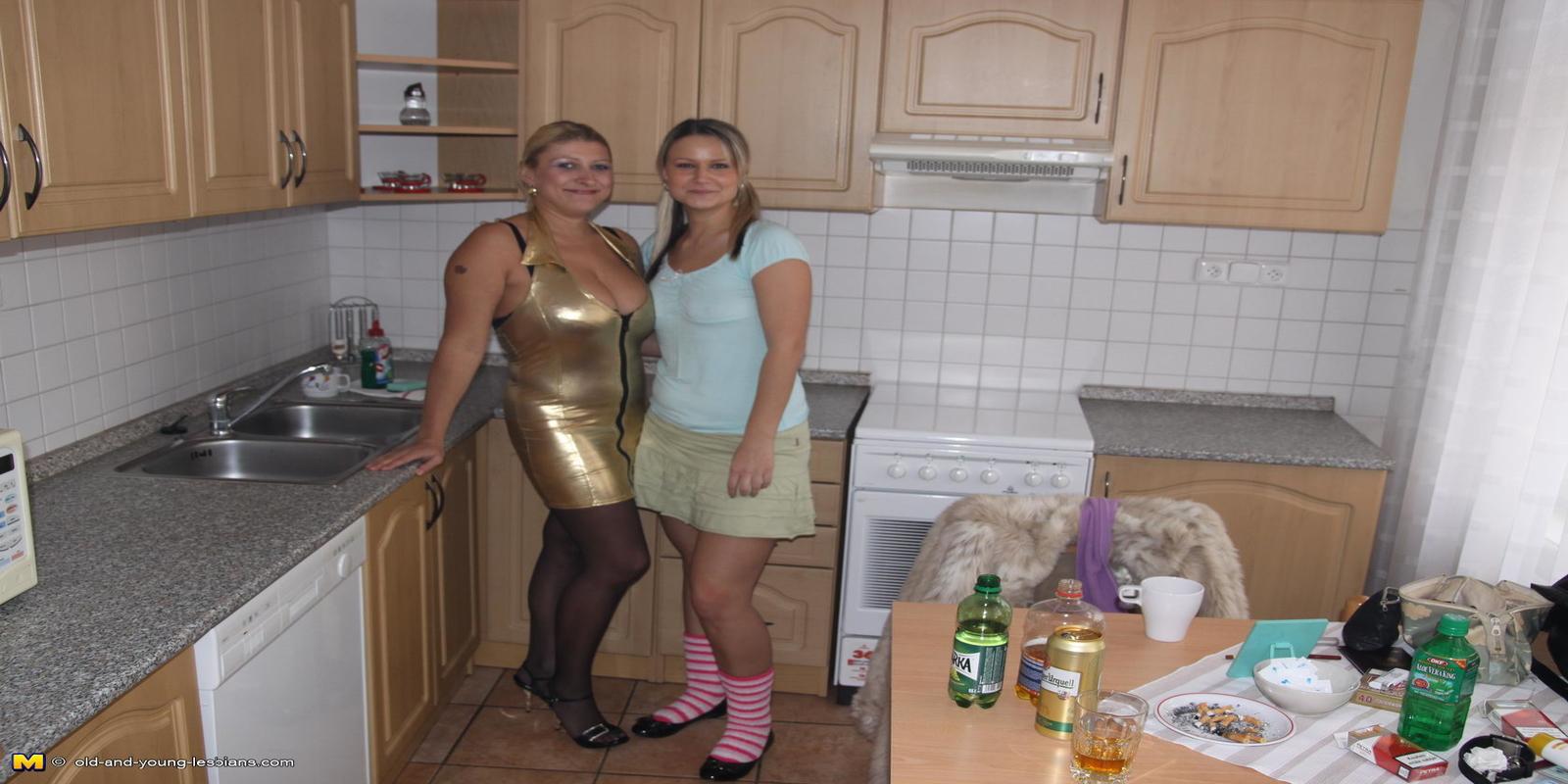 hot-titteds-teen-milfs-all-nude-oily-girls