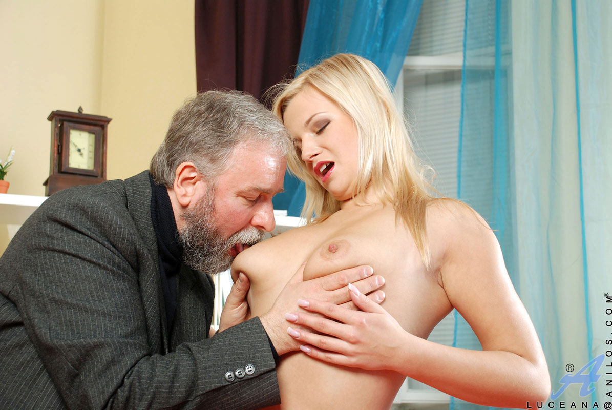 Old Man Porn Xvideos mature anal horny blonde anilos milf gives a skilled blowjob