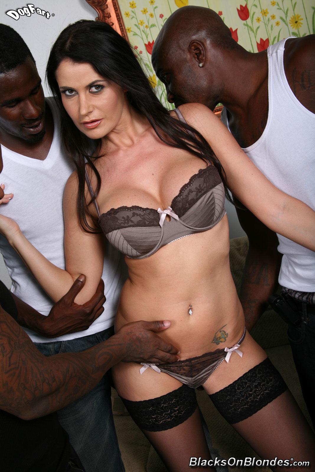 4 Porn Ganbang gang bang xxx euroslut in interracial 4-0n-1 gangbang cumeating